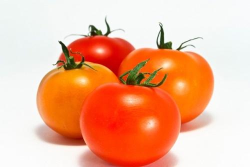 夏野菜のトマトの栄養と効能