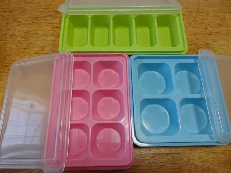 100均セリアのお弁当冷凍容器