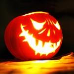 ハロウィンかぼちゃの顔の型紙ダウンロードと顔シールで長持ちさせる