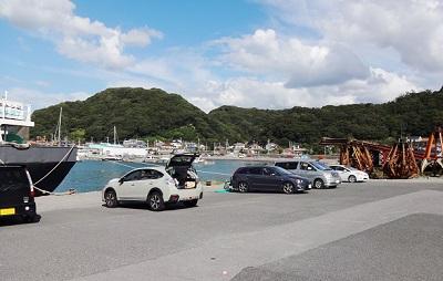 保田漁港車横付けできる釣り場