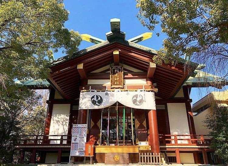 川崎駅近くの稲毛神社に初詣