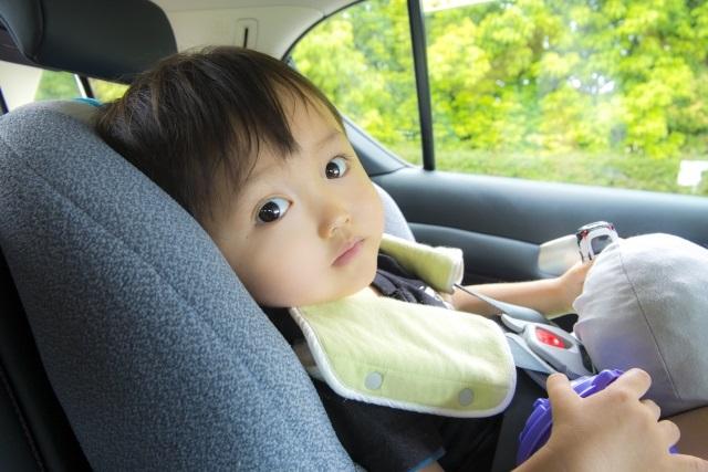 子供連れのドライブ